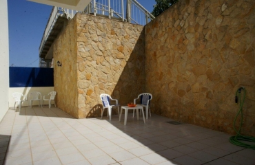 Nice 2 bedroom apartment with large patio in Ferragudo