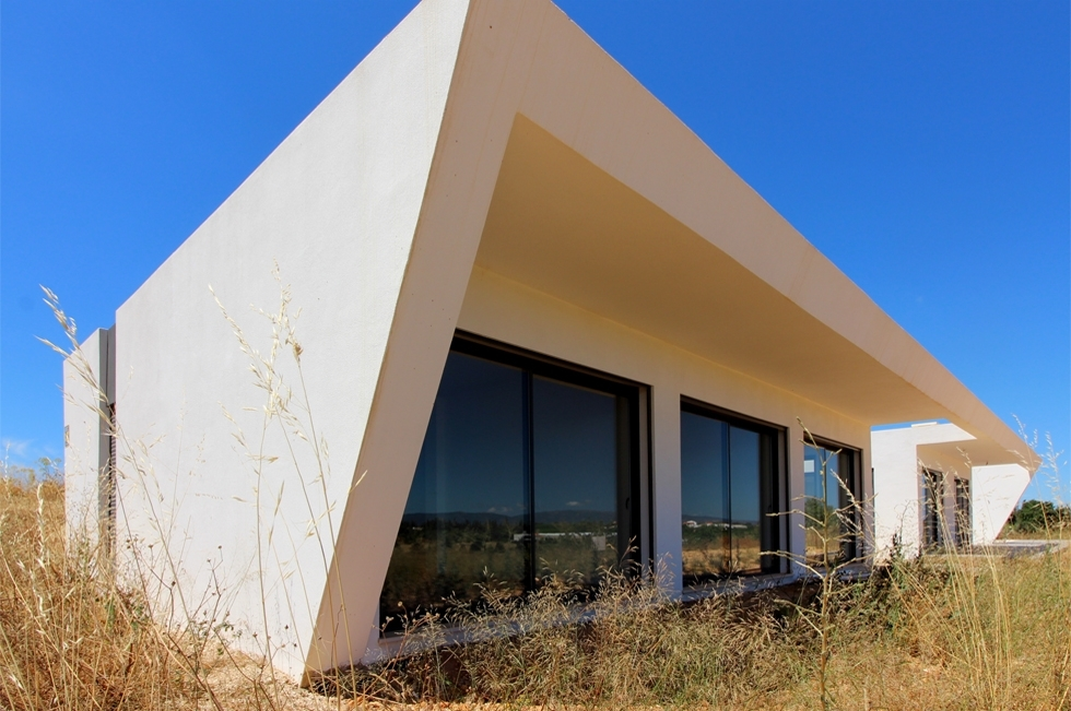 Contemporary newly built villa with pool in green valley near Silves