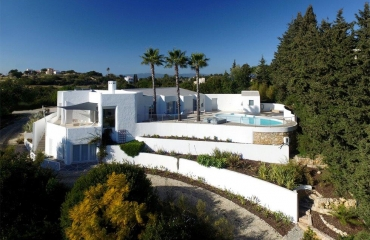 Attractive luxury villa at superb location in Carvoeiro