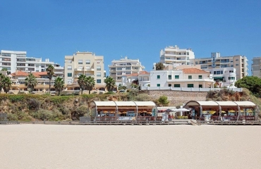 One bedroom ground floor apartment with terrace, Praia da Rocha.