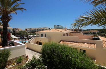Duplex apartment with large terrace and view near beach in Ferragudo