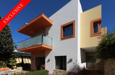 Modern 3 bedroom villa near the beach in Ferragudo